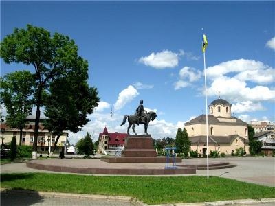 Пам'ятник королю Данилу Галицькому